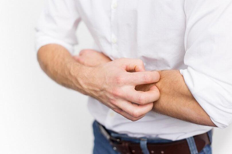 Нервная чесотка: признаки, лечение, профилактика